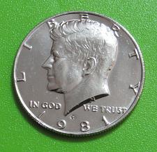 1981 P Kennedy Half  Dollar  In Mint Cello
