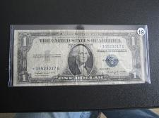 ** 1935 One Dollar Star Note Silver Certificate 1 Well Circulated Star Bill **