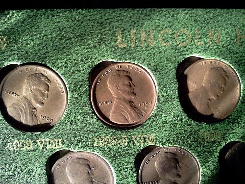 Complete set of wheat pennies all keydates 1909vdbs 1922no d, 1914d, 1931s etc.