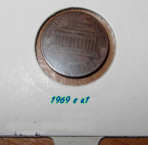 1969 S LINCOLN MEMORIAL CENT LOT  OF 2