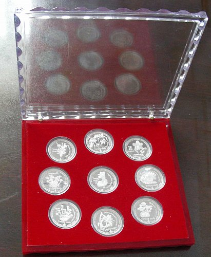 A set of collectible silver coins (9pcs)
