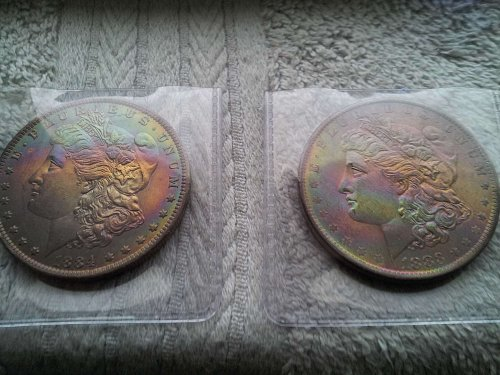 1883 O  &  1884 O  2 COIN SET  MONSTER RAINBOW TONE  UNC
