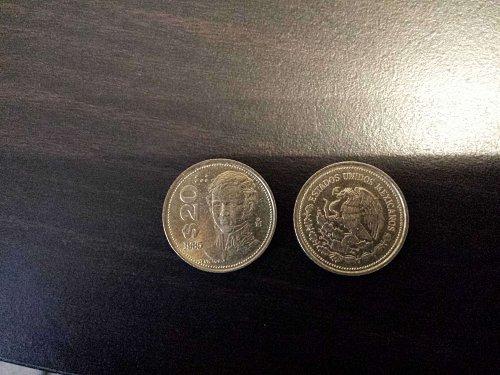 2 20 peso coins
