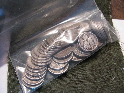 Roll of 50 Silver Mercury Dimes no culls,or cleaned.Nice selection of date/Mints