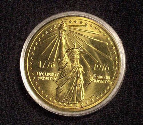 """The National Bicentennial Medal 1776-1976 """"Statue of Liberty"""" & """"Great Seal"""""""