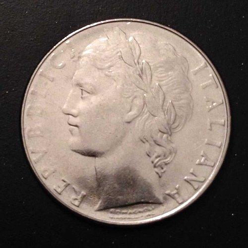 1977 L.100 R Italian coin