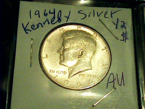 1964 Kennedy Silver 1/2 Dollar-90% US Silver coin!!