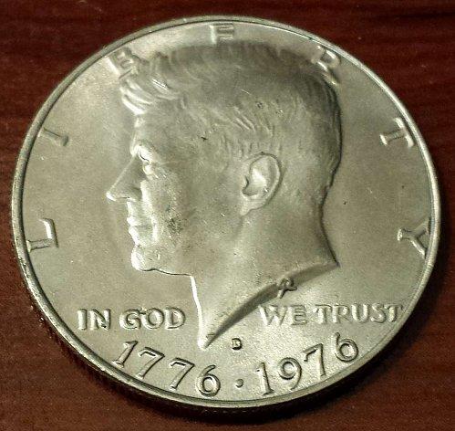 1976-D Kennedy Bicentennial Half Dollar (5048)