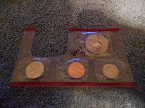 2001  D  US Mint set (Partial)