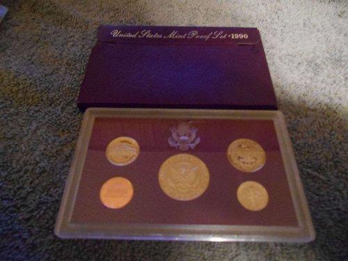 1990    US Mint sets