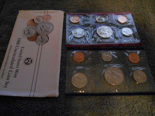 1988  D and P  US Mint sets