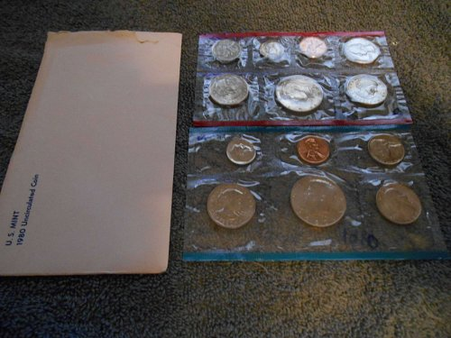 1980  D and P  US Mint set