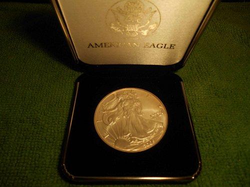 2005 American Silver eagle 1.00