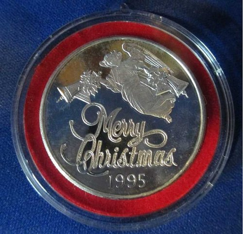 "One Troy Ounce .999 Fine Silver Coin ""Christmas 1995"""