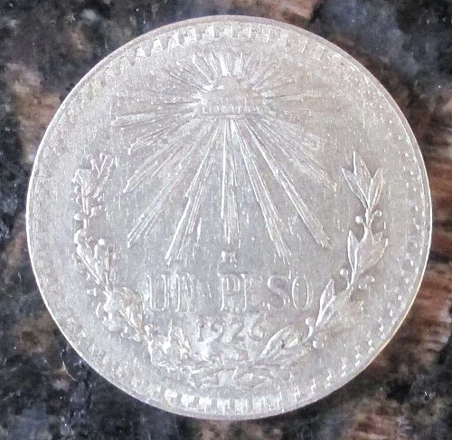 1926 Mexican Silver 1 Peso Silver Cap and Ray **VERY FINE**