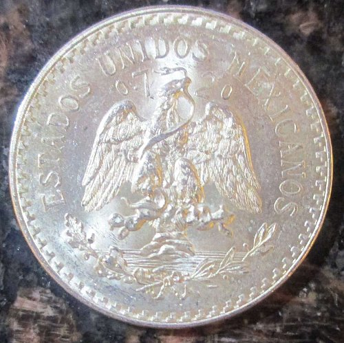 1943 Mexican Silver 1 Peso Silver Cap and Ray **BRILLIANT UNCIRCULATED**