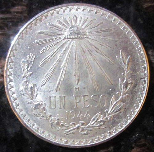 1944 Mexican Silver 1 Peso Silver Cap and Ray **BRILLIANT UNCIRCULATED*