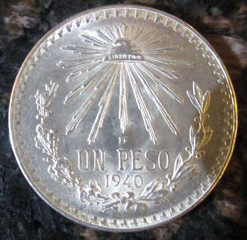 1940 Mexican Silver 1 Peso Silver Cap and Ray **BRILLIANT UNCIRCULATED*