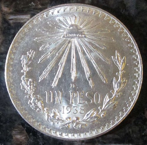 1938 Mexican Silver 1 Peso Silver Cap and Ray **BRILLIANT UNCIRCULATED*