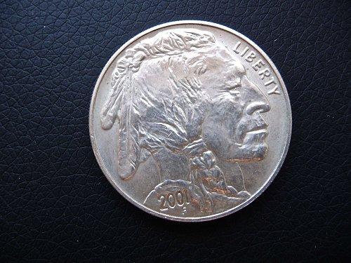 2001-D Buffalo Commemorative Dollar