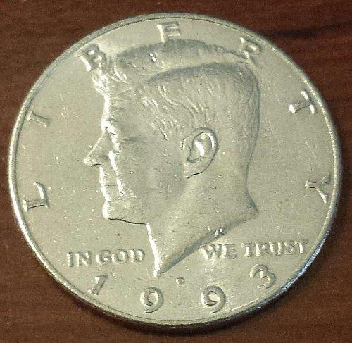 1993-P Kennedy Half Dollar * FREE SHIPPING (5650)