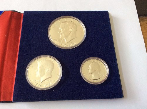 1976 Silver Bicentennial Three Coin Proof Set