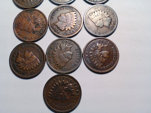 MIXED LOT OF 10 INDIAN HEAD CENTS