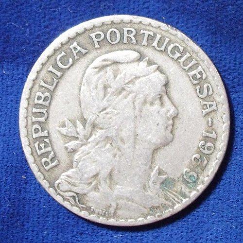1939 Portugal Escudo Fine 304K mintage