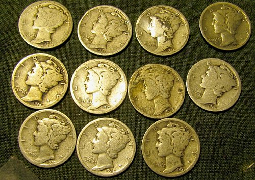 11 Merc. Dimes 1917, 4 X 24's, 25', 26', 27', 27D', 2 X 28' + 1 FREE DIME!! A01