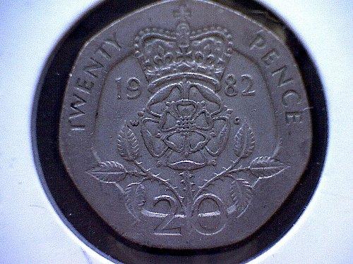 1982 GREAT BRITAIN QUEEN ELIZABETH 11  20 PENCE