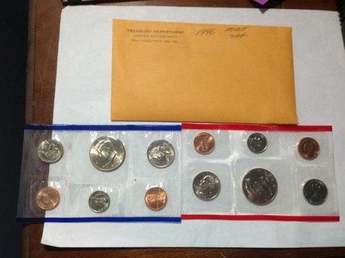 1996 mint set does not have W mint dime