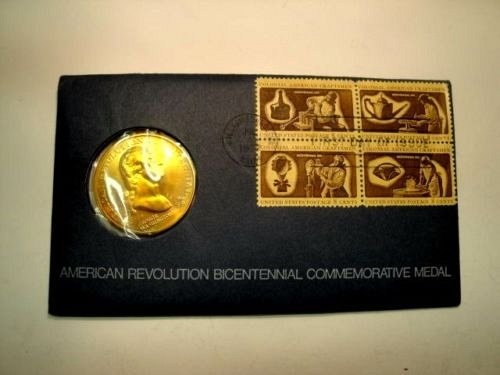 AMERICAN-REVOLUTION-BICENTENNIAL-COMMEMORATIVE-MEDAL-FIRST-DAY OF ISSUE-1972