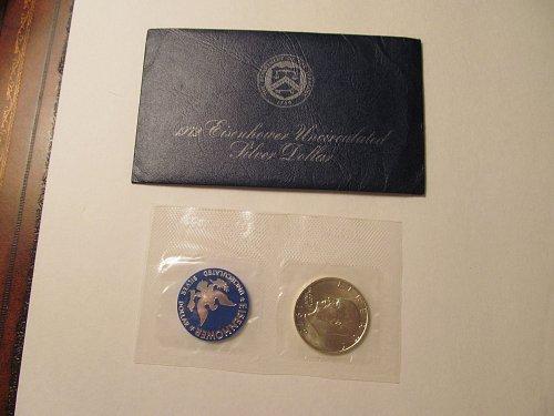 1972 Ike Dollar blue pack