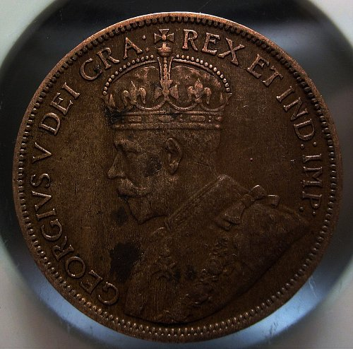 1912 CANADA LARGE CENT NICE GRADE scratch on reverse - some corrosion