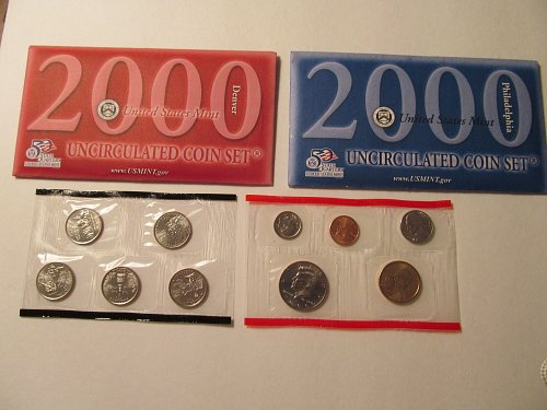 2000 US Mint uncirculated coin set P&D