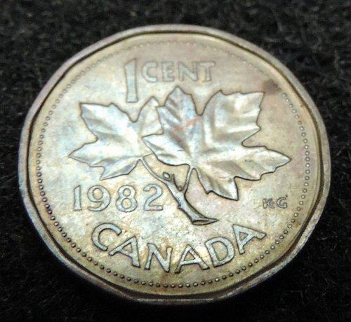 1982 Canadian 1 Cent Penny KM#132 1982-1989 12 edged Rim Odd Queen Elizabeth II
