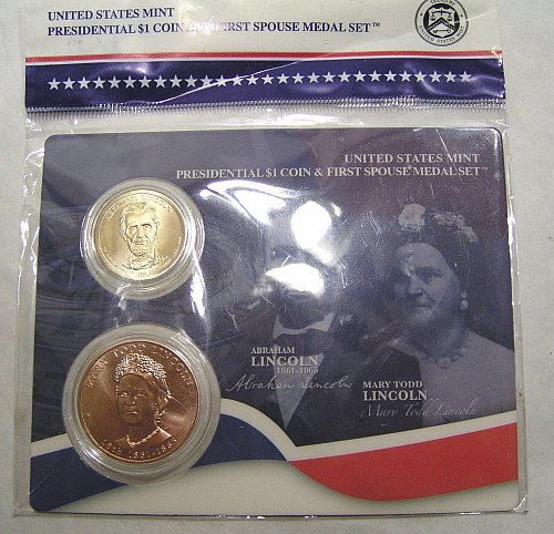US Mint Presidential Dollar & First Spouse Medal Set - Abraham & Mary Lincoln