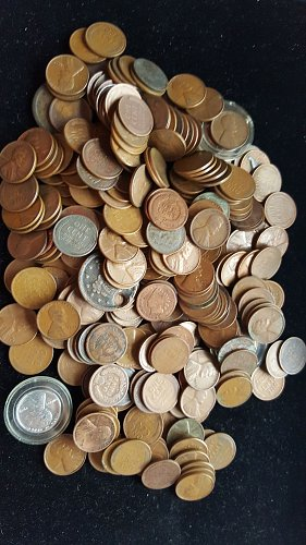 Lot of 289 Indian Head, Wheat Back, and Cull Large Cents
