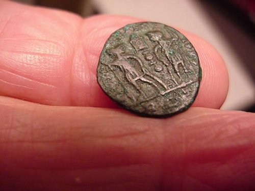 genuine ancient coin from the 300's ad #112