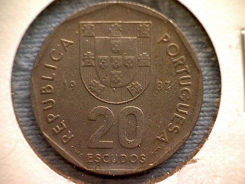 1987-in cm PORTUGAL TWENTY ESCUDOS