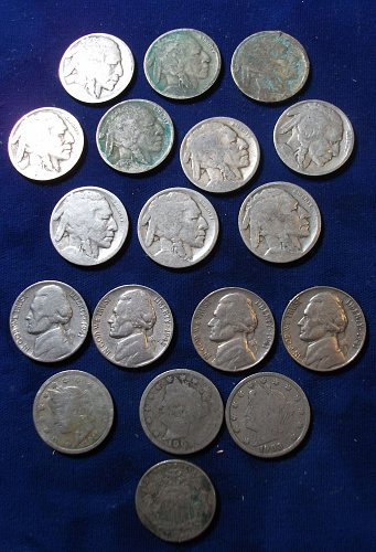 18 Nickels (1) Shield, (10) Buffalo, (3) V-Nickels, (4) Jeffersons Average Circu
