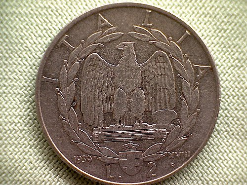 1939-R  XV111  ITALY TWO LIRE