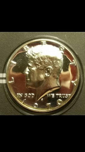 1970-S light cameo Kennedy half dollar