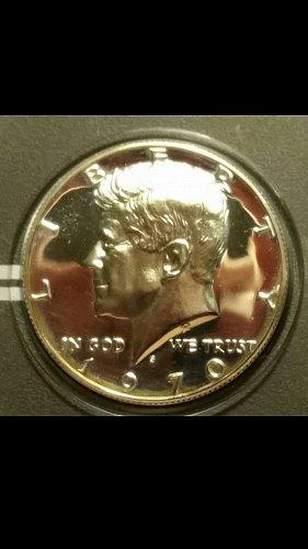 1970-S light cameo Kennedy half dollar