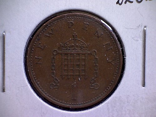 1971 GREAT BRITAIN ONE NEW PENNY  QUEEN ELIZABETH 11