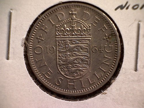 "1964 GREAT BRITAIN ONE SHILLING QUEEN ELIZABETH 11  ""ENGLISH SHIELD"""
