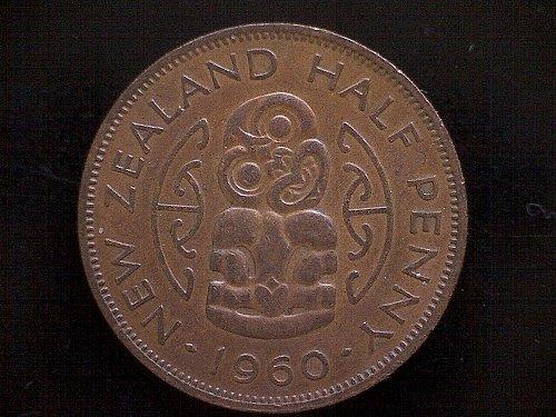 1960 NEW ZEALAND HALF PENNY   QUEEN ELIZABETH 11