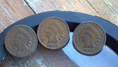 3 Indian Head cents  1887-1899-1906