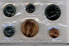 1974  DENVER SOUVENIR MINT SET  5 COINS PLUS DENVER MINT TOKEN