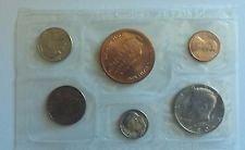 1980  DENVER  SOUVENIR MINT SET  -   5 COINS PLUS  MINT TOKEN